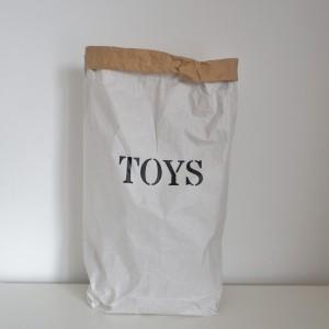 cuccpapirzsak_toys
